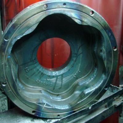 korpus silnika hydraulicznego-po-naprawianiu